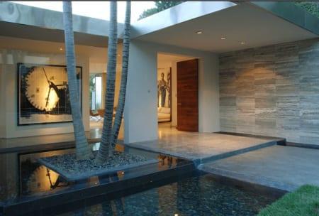 Eingangsbereich mit Wasser