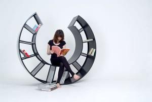 funktionales rundes Bücheregal