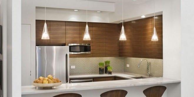 kleine Küche aus Holz 1