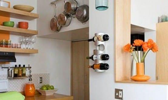 kleine Küche aus Holz