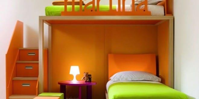 kleines Kinderzimmer in orange