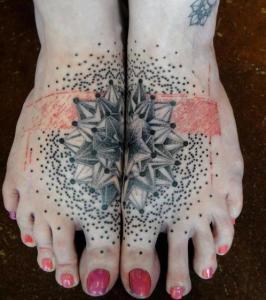 2-fuß tattoo motive