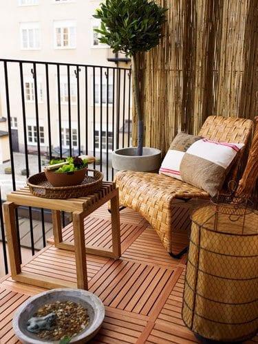 balkon ideen holzeinrichtung f r den balkon freshouse. Black Bedroom Furniture Sets. Home Design Ideas