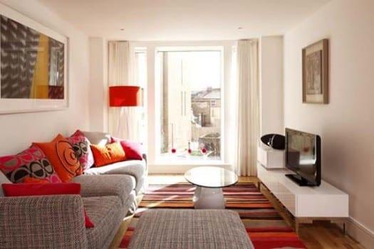 Grelle Farben Für Kleines Wohnzimmer Einrichtungsidee