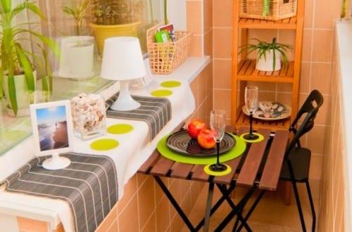 ideen f r kleinen balkon freshouse. Black Bedroom Furniture Sets. Home Design Ideas