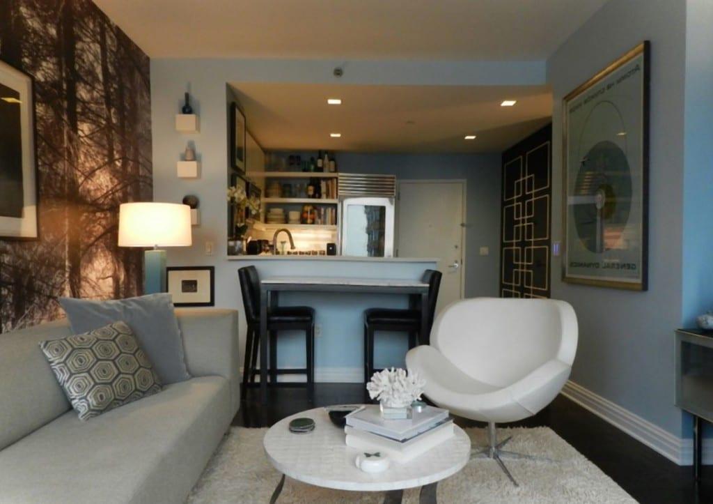 kleines wohnzimmer einrichten - kleine küche mit theke - freshouse - Ideen Einrichtung Kleines Wohnzimmer