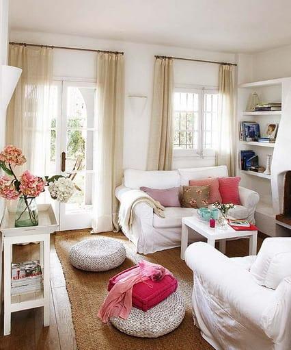 Kleines Wohnzimmer Einrichten Weiße Sitzkissen