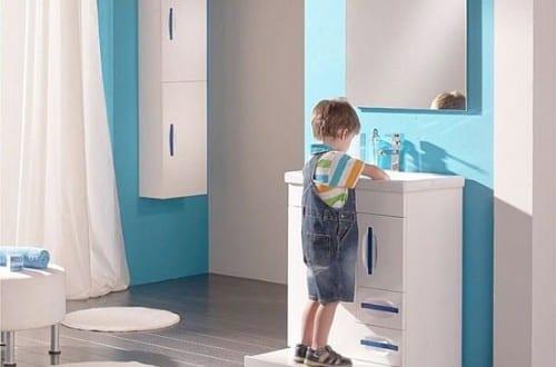 m bel f r kinder badezimmer freshouse. Black Bedroom Furniture Sets. Home Design Ideas