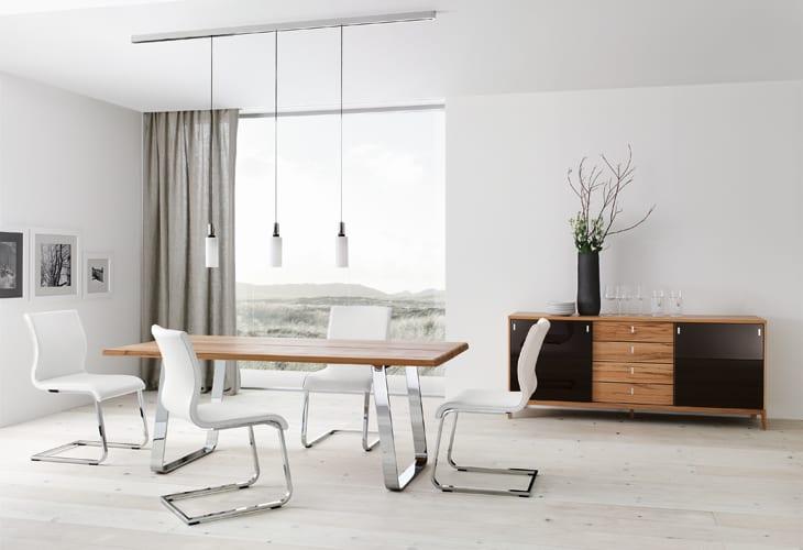 minimalistische esszimmer gestaltung wei e lederst hle. Black Bedroom Furniture Sets. Home Design Ideas