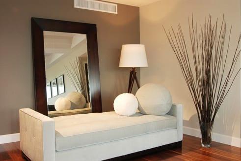 Taupe Farbe - Wandgestaltung Wohnzimmer - fresHouse