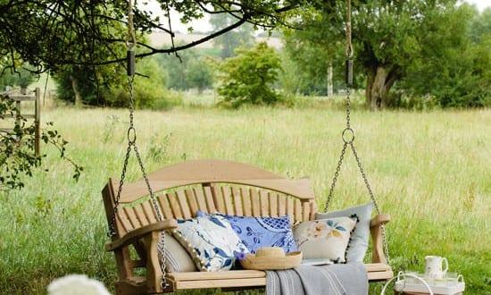 Terrassen- und Gartengestaltung mit Schaukel