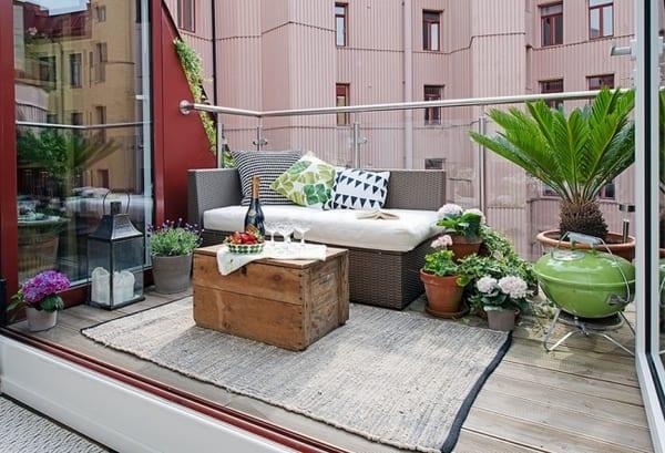kleine terrasse gestalten freshouse. Black Bedroom Furniture Sets. Home Design Ideas