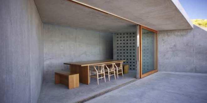 minimalistische einrichtung weinkeller freshouse. Black Bedroom Furniture Sets. Home Design Ideas