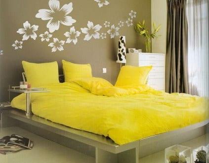 wandtattoo blumen farbrausch sch ner wohnen schlafzimmer freshouse. Black Bedroom Furniture Sets. Home Design Ideas