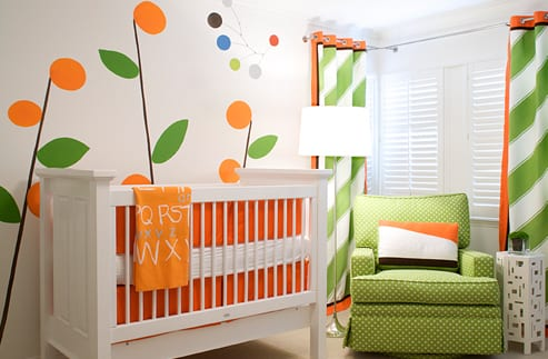babyzimmer gestalten in gr n und orange freshouse. Black Bedroom Furniture Sets. Home Design Ideas
