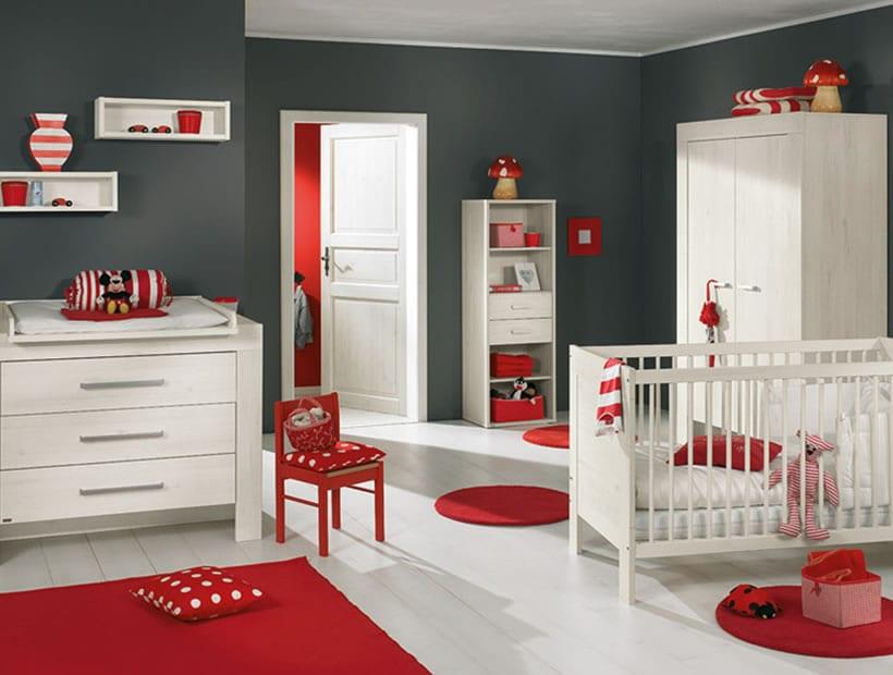 Babyzimmer Gestalten In Grau Und Rot