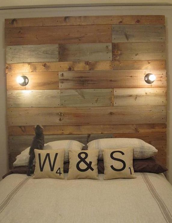 bett aus europaletten diy kopfbrett freshouse. Black Bedroom Furniture Sets. Home Design Ideas