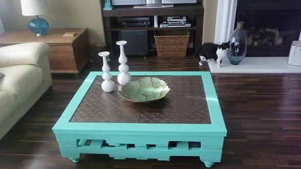 couchtisch selber bauen palettenm bel diy freshouse. Black Bedroom Furniture Sets. Home Design Ideas