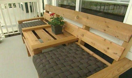do it yourself m bel holzbanke aus paletten freshouse. Black Bedroom Furniture Sets. Home Design Ideas