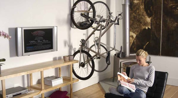fahrrad im wohnzimmer aufh ngen freshouse. Black Bedroom Furniture Sets. Home Design Ideas