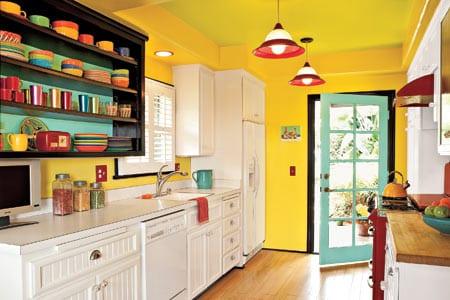 küche mit gelber wandfarbe