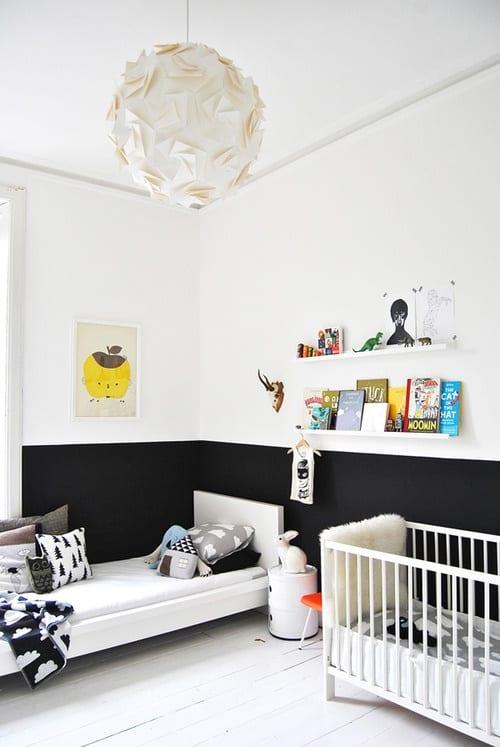 kinderzimmer streichen - kinderzimmer in weiß und schwarz ...