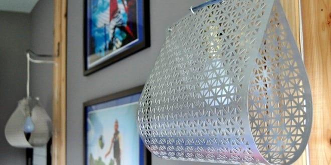 cooles Modell für DIY Pendellampe aus Gitterblech – Lampen selber basteln Ideen