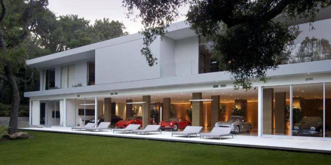 Luxus haus mit garage freshouse for Haus mit garage