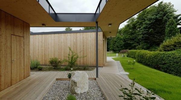 Minimalistisches haus mit steingarten freshouse for Minimalistisches haus