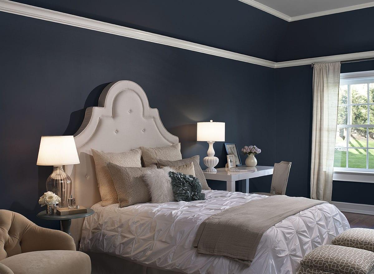 schlafzimmer blau- wandfarbe dunkelblau - fresHouse