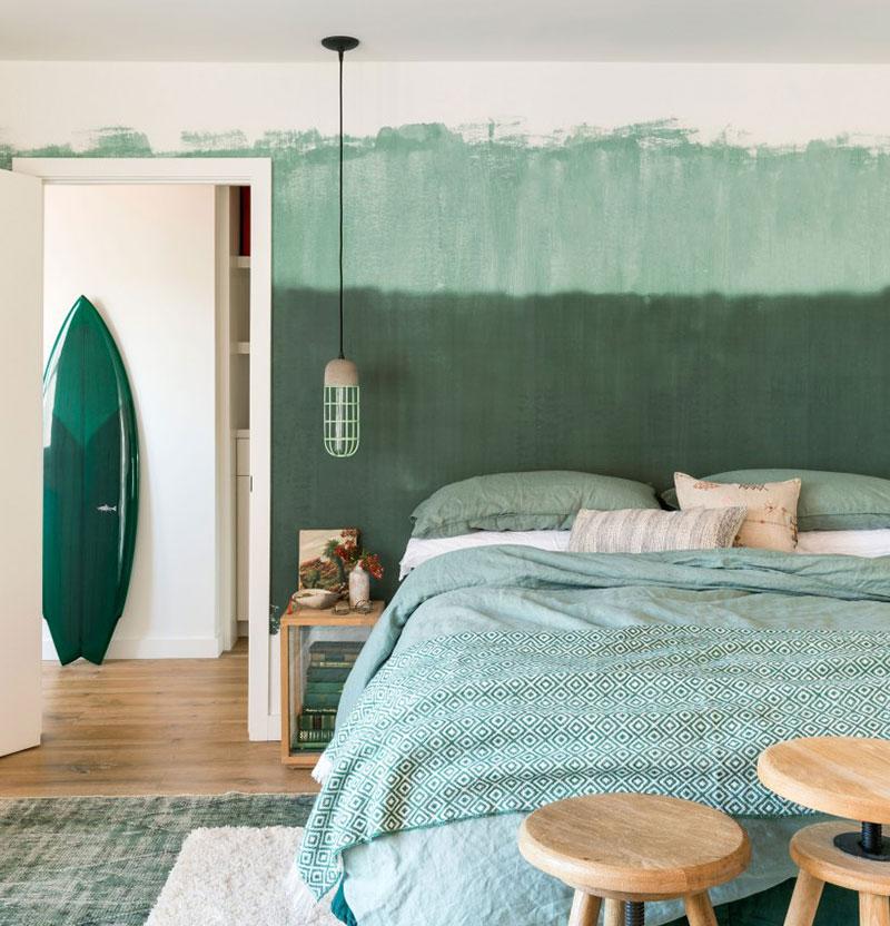 schlafzimmer grün mit grünen bettwäsche und gardinen