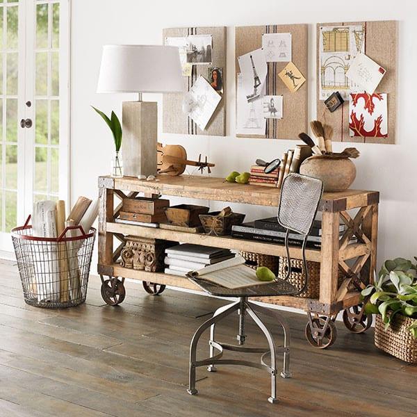 Sideboard dekorieren sideboard mit rollern freshouse for Wohnung dekorieren im januar