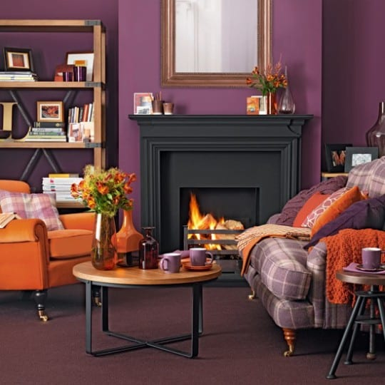 wohnzimmer lila farbgestaltung wohnzimmer in orange und violett freshouse. Black Bedroom Furniture Sets. Home Design Ideas