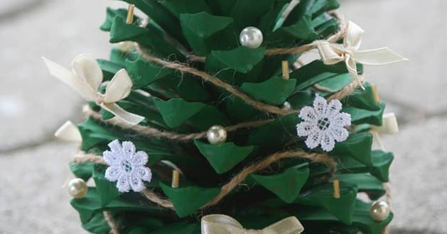 basteln mit naturmaterialien weihnachtsdeko selber machen. Black Bedroom Furniture Sets. Home Design Ideas