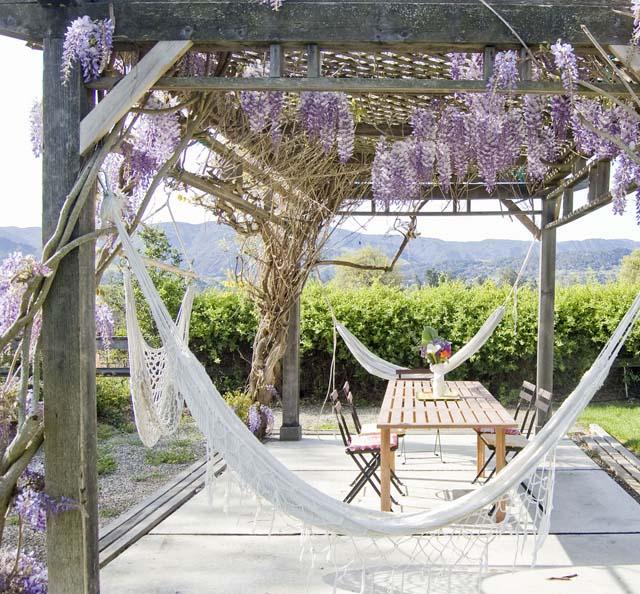 Coole Idee Fur Terrassenuberdachungen Mit Holz Und Blumen Fur
