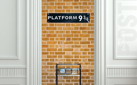 door-decorative-wall-sticker-mural-decal-harry-potter-platform