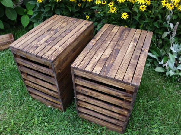 gartenm bel aus paletten diy hocker aus paletten freshouse. Black Bedroom Furniture Sets. Home Design Ideas