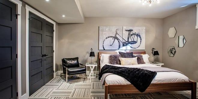 Genial Kleine Schlafzimmer Inspiration Mit Wandfarbe Beige Und Zimmerstüren Schwarz