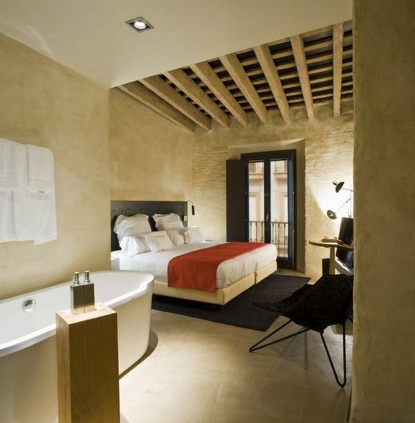luxus schlafzimmer inspiration für deckengestaltung mit holzbalken ...