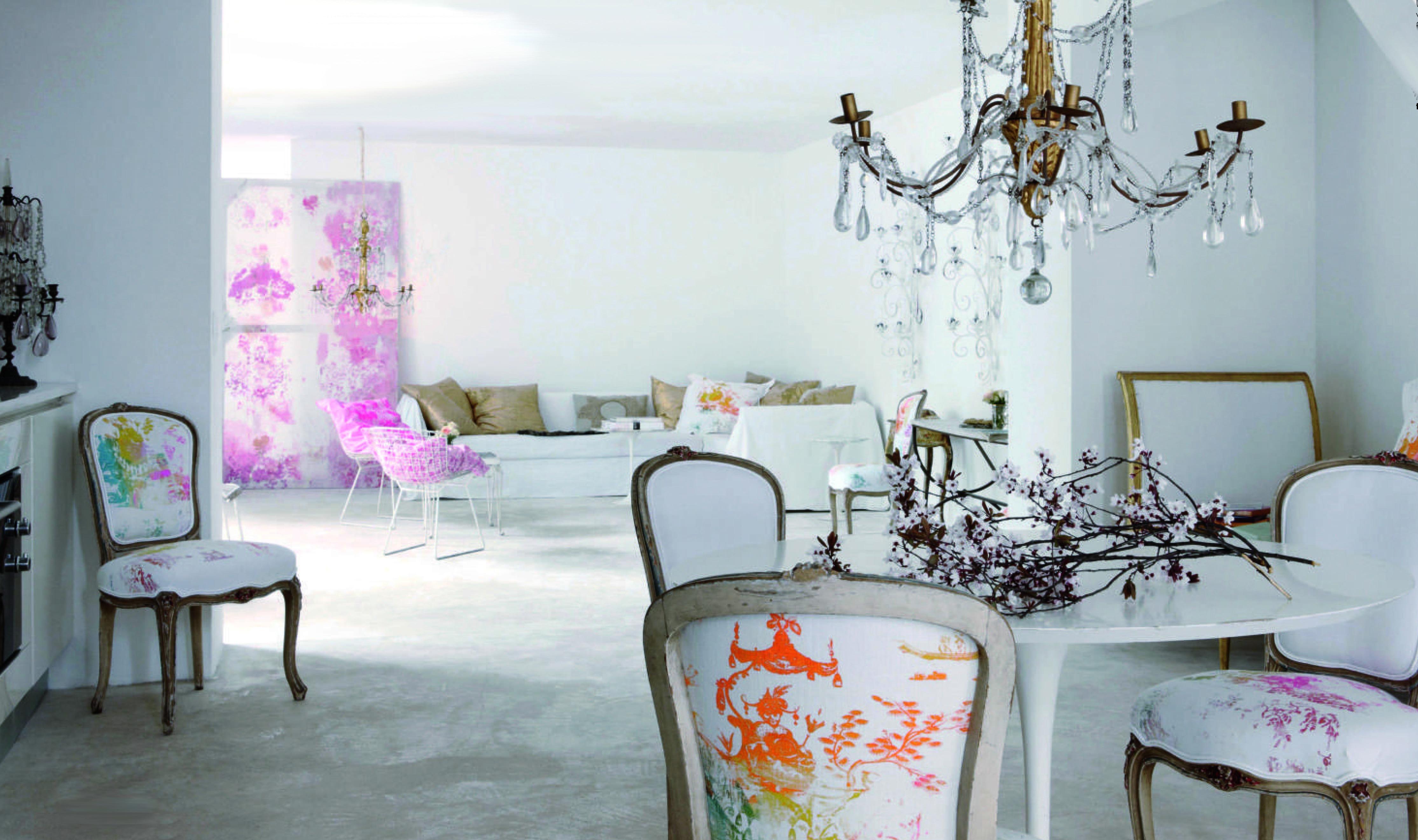 luxus zimmergestaltung in weiß mit barock möbeln by Quartermaine ...