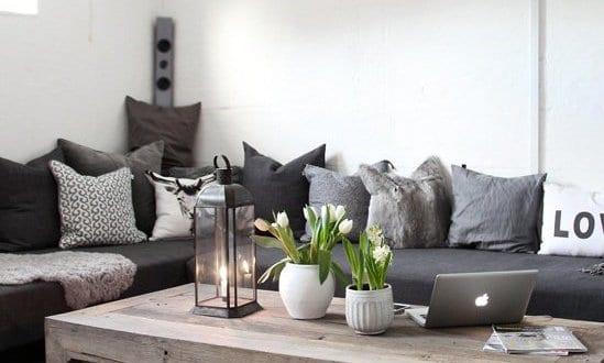 mein wohnzimmer mit schwarzer sitzecke wohnzimmer und. Black Bedroom Furniture Sets. Home Design Ideas