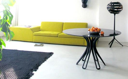 Minimalistisches Wohnzimmer Design Mit Sofa Grun Und