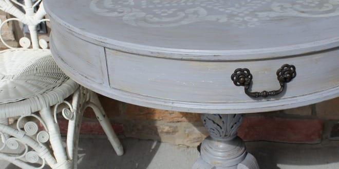 rustikale stehtische holz runder tisch freshouse. Black Bedroom Furniture Sets. Home Design Ideas