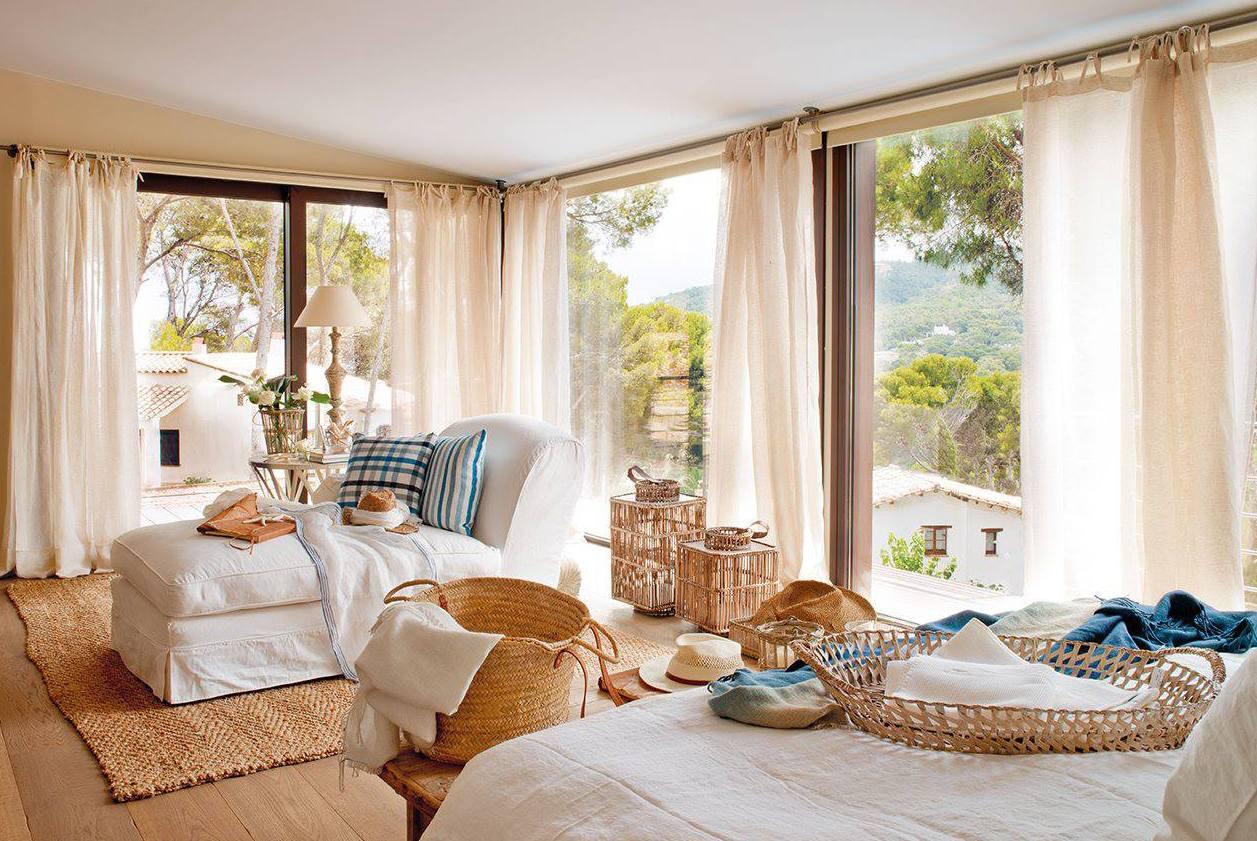 schlafzimmer isnpiration f r schicke schlafzimmergestaltung mit liegesofa wei und teppich. Black Bedroom Furniture Sets. Home Design Ideas