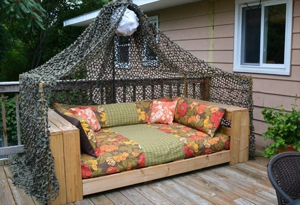 Terrasse Gestalten Mit Sofa Aus Europaletten Freshouse