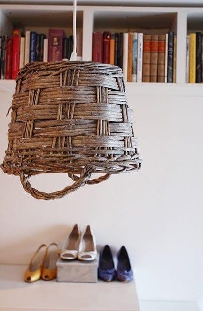 diy weidenkorb lampe freshouse. Black Bedroom Furniture Sets. Home Design Ideas