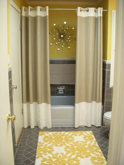 Badezimmer Grau Mit Badezimmer Teppich Gelb Und Wandfarbe Gelb