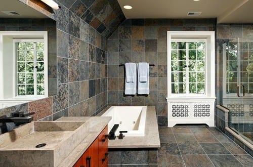 badezimmer grau mit naturstein fliesen badezimmer und ...