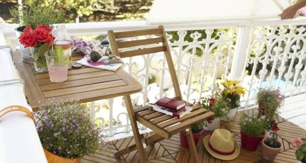 balkon ideen f r balkongestaltung im sommer freshouse. Black Bedroom Furniture Sets. Home Design Ideas