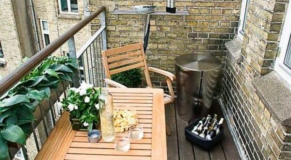 balkon ideen mit klapptisch holz freshouse. Black Bedroom Furniture Sets. Home Design Ideas
